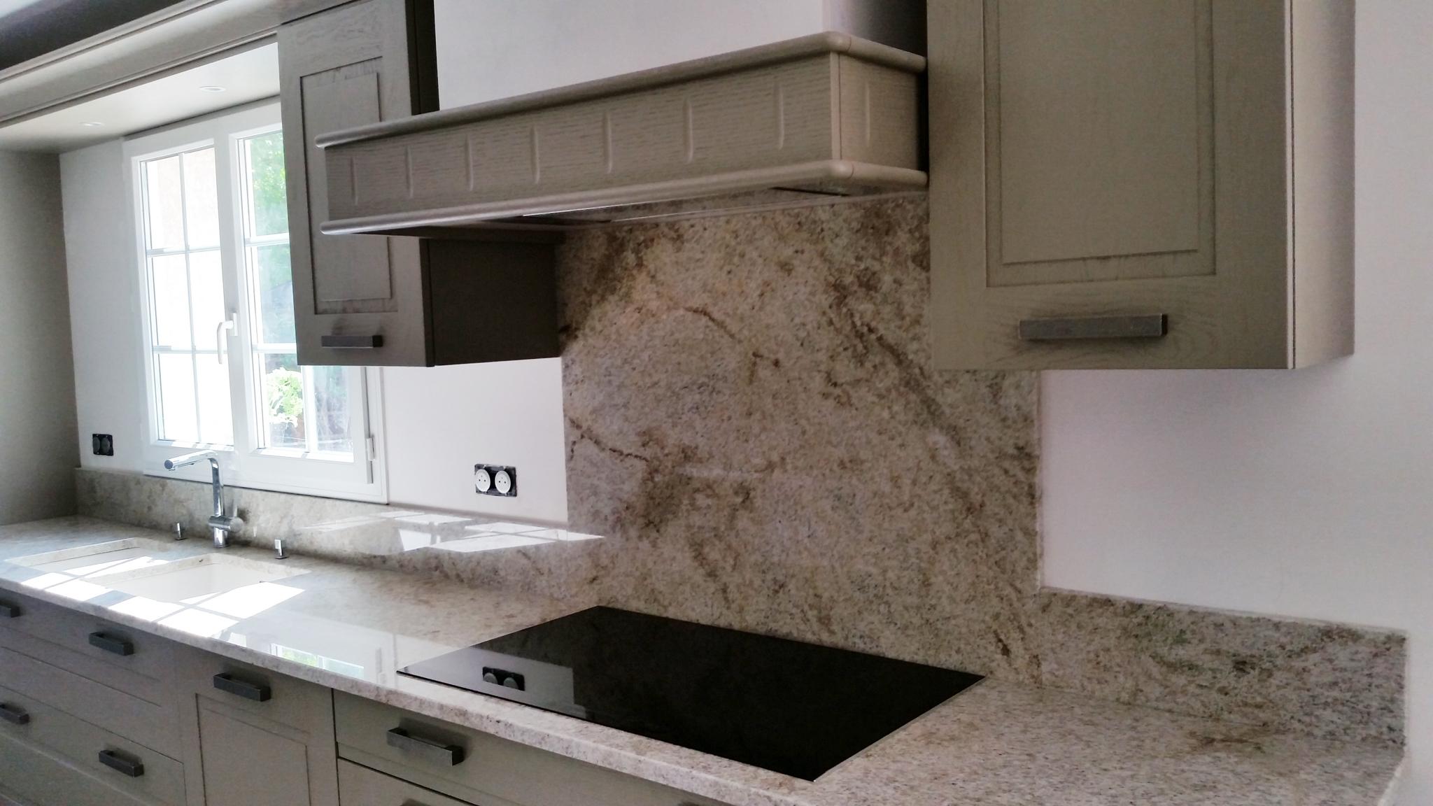cuisine granit beige stoneline granitier agenceur