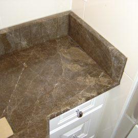 Habillage de meuble en marbre
